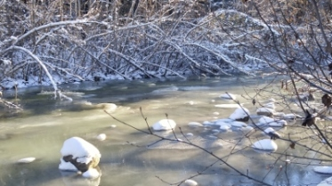 creek-freezing-400x225